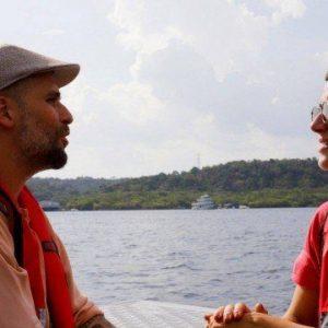 Bruno Gagliasso e Giovanna Ewbank sobrevoam a Amazônia atrás de focos de incêndio